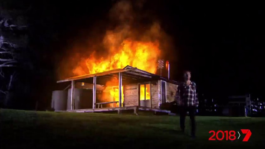 Home and Away 6812 25th December 2017 | Home and Away 6812 December 25 2017 |  Home and Away  Dec 25  | Home and Away