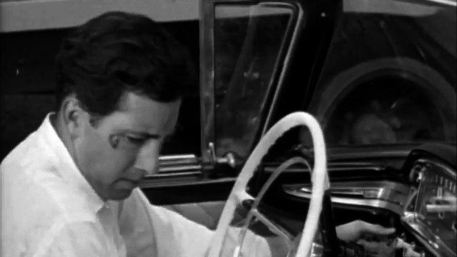 Last Woman on Earth (1960) ROGER CORMAN part 2/2