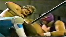 "Villano III, Dos Caras & Chris Benoit ""Pegasus Kid"" vs Fishman, Rambo & The Killer | UWA 04/10/1992"