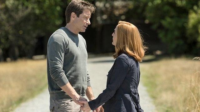 Premiere - The X-Files Season 11 Episode 1 (Fox Broadcasting Company)