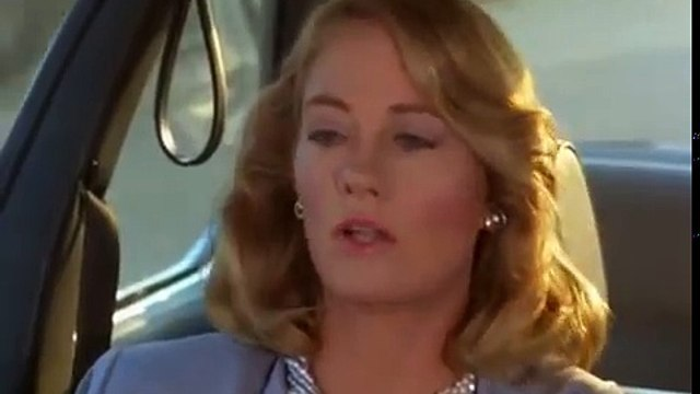 Moonlighting   s02e02    The Lady in the Iron Mask