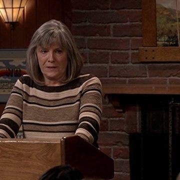 Watch Mom Season 5 Episode 9 : CBS