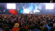 Muse - Hysteria, Vieilles Charrues Festival, Carhaix-Plougher, France  7/25/2004