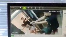 Une bagarre dans un ascenseur part en fusillade.