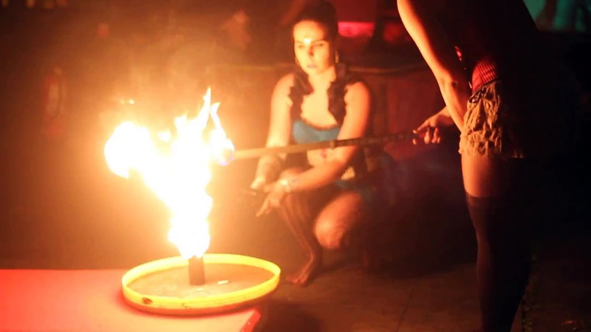 Body painting on the fire jugglers - Hestia Fire Dance