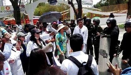 03 de Enero de 2018. Protesta de médicos en las afueras del TSJ