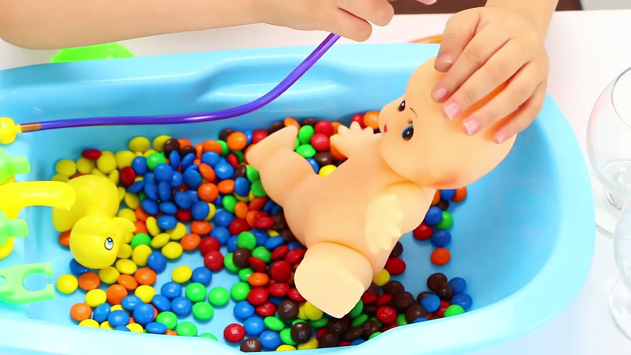 Family House Toys – Baby Doll Bath Time with Duck Pretend Play for Children-sT1sU4