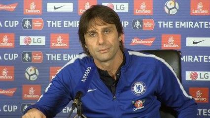Chelsea's Antonio Conte says Jose Mourinho has 'senile dementia'
