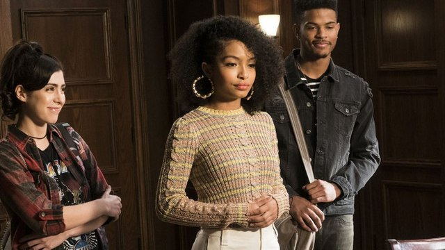 grown-ish Season 1 Episode 3 (Streaming)