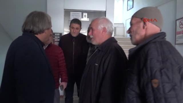 Bilecik Osmaneli Belediye Başkanı'nı Bıçak Zoruyla Otomobile Bindirmeye Çalıştılar