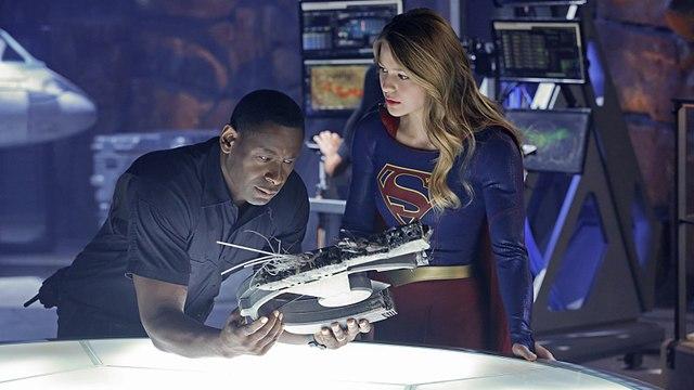 Watch Online - Supergirl Season 3 Episode 10 (s03e10) HD Video