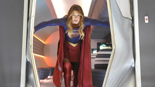 "Supergirl Season 3 Episode 10 ""Legion of Super-Heroes"" [Official Video]"