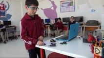 Öğrenciler görme engelliler için mesafe sensörü tasarladı