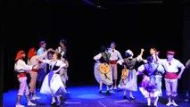 """Extraits du spectacle """"En Piste"""" par le groupe folklorique """"Nice La Belle"""" - 5/5"""