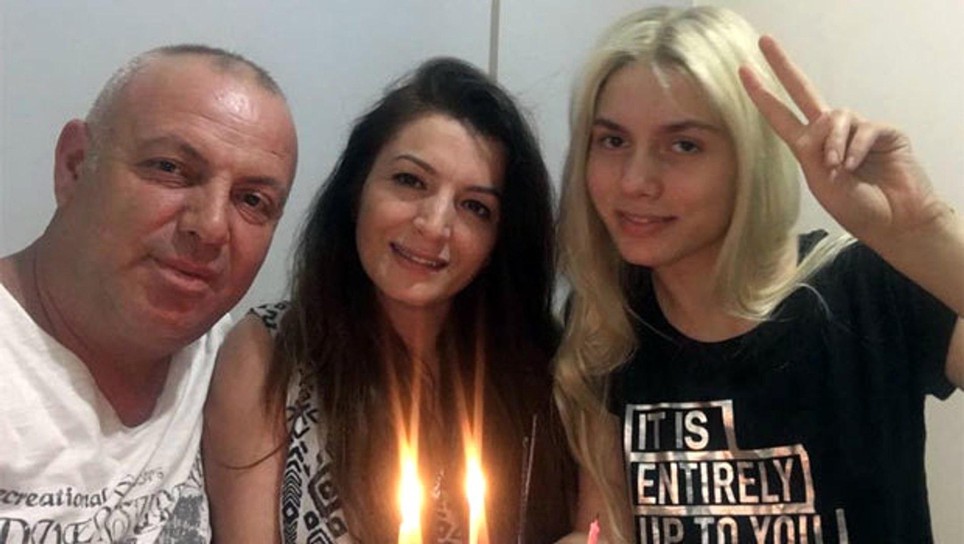 Aleyna Tilki'nin Anne-Babası Boşanma Kararını İki Yıl Önce Almış