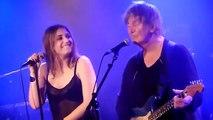 Jacques Higelin sur scène avec sa fille, la chanteuse Izïa Higelin
