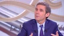 """David Pujadas n'avait """"plus (sa) place à France Télévisions"""""""