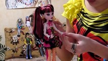Monster High Schools Out Draculaura&Clawd Wolf Set Draculaura Обзор на русском