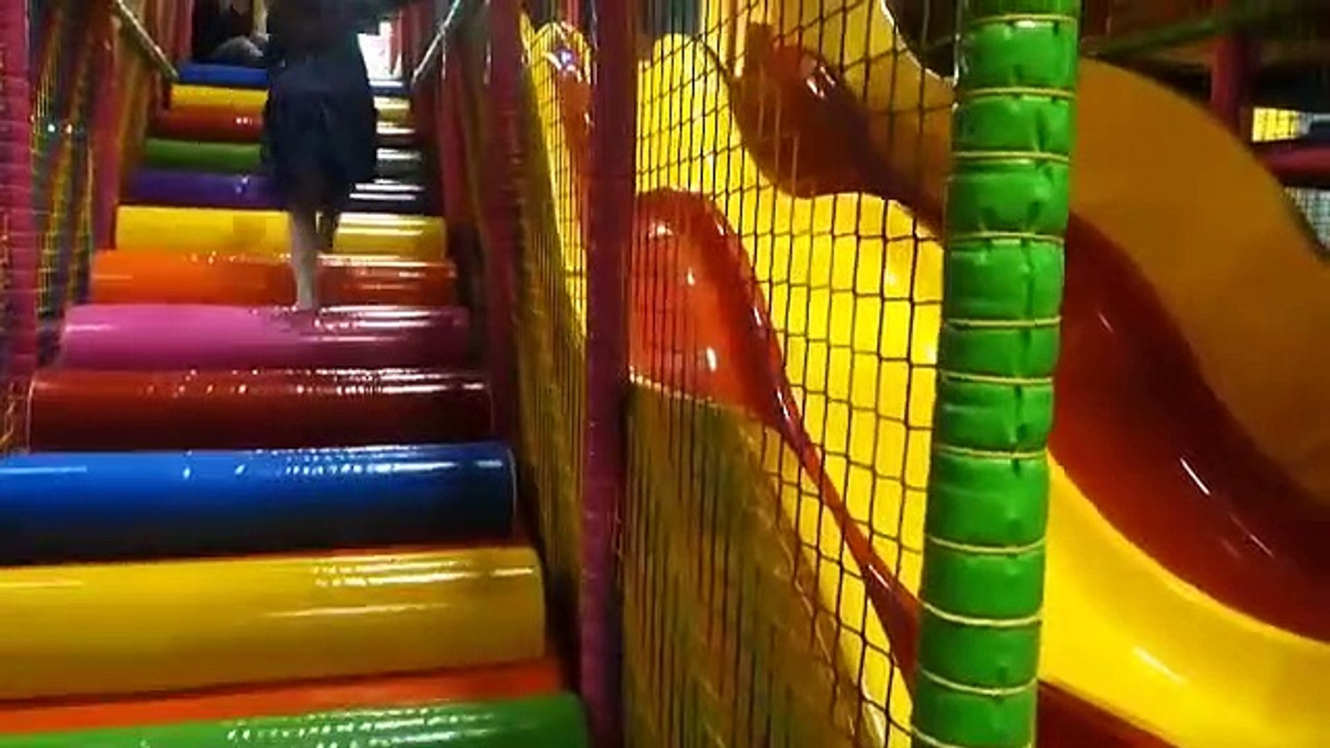 Playing Indoor Playground Kids Fun with Balls Toys Play cente for Kids Playro