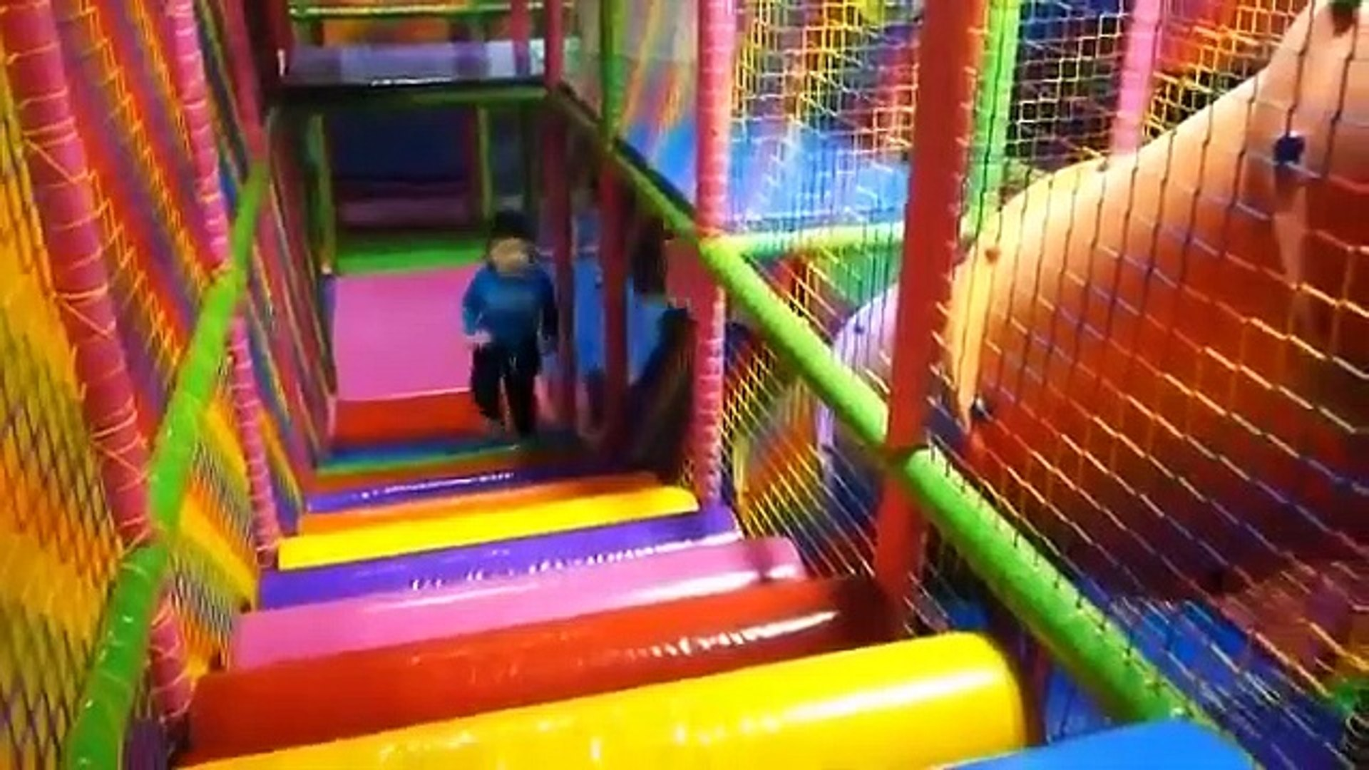 Playing Indoor Playground Kids Fun with Balls Toys Play cente for Kids Playr