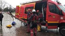 Exercice des pompiers du Grimp à la cathédrale du Mans