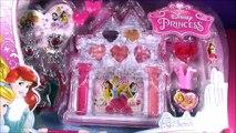 Disney Princess CASTLE Beauty Set! Lip Gloss Makeup Palette! Sweet Surprises Lip GLOSS!