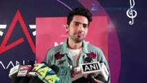 Armaan Malik Live Singing & Fans Moment   First Ever Meet & Greet With 100 Lucky Fans