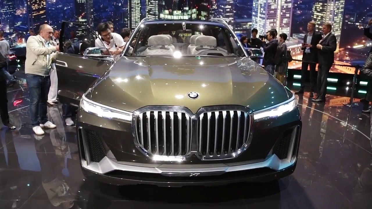 BMW i Vision DynamicsZ4,BMW M5, BMW X7,8
