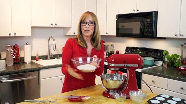 How To Make Red Velvet Cupcakes w/Cream Cheese Frosting:Red Velvet Cupcakes Recipe:Di Kometa #33
