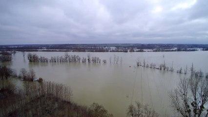 27 janvier 2018 La digue de Sassenay submergée par la crue