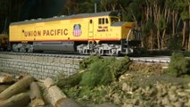 Amtrak Trains, Burlington Nothern Railways and Pennsylvania Railroad HO Scale Layout - Model train video by Pilentum about model railroading and railway modelling