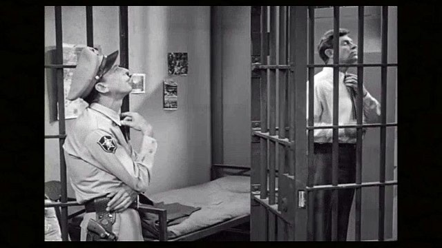 The Andy Griffith Show S03E02-Andys Rich Girlfriend