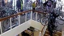 Des voleurs dérobent pour 100 000 euros de vélos