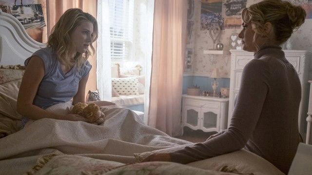 """Riverdale Season 2 Episode 13 """"Chapter Twenty-Six: The Tell-Tale Hear"""" Watch Online"""