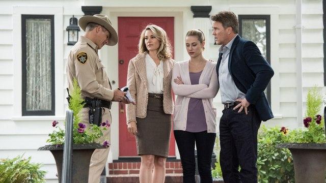 Watch Riverdale Season 2 Episode 13 (s02e13) Chapter Twenty-Six: The Tell-Tale Hear Full Show