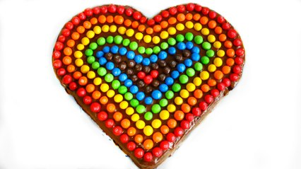 VALENTINES DAY RAINBOW M&M HEART CAKE