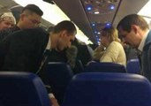 Mobile Phone Charger Catches Fire Aboard Aeroflot Flight to Volgograd