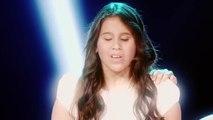 Ana Karina cantó Sabor a mí de Álvaro Carrillo