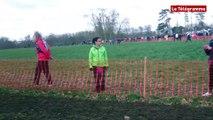 Championnat de Bretagne de cross. Karine Pasquier, championne de Bretagne élite femme à Combourg