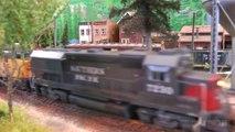Réseau miniature avec le chemin de fer du Southern Pacific Lines à l'échelle H0 - Une vidéo de Pilentum Télévision sur le modélisme ferroviaire avec des trains miniatures