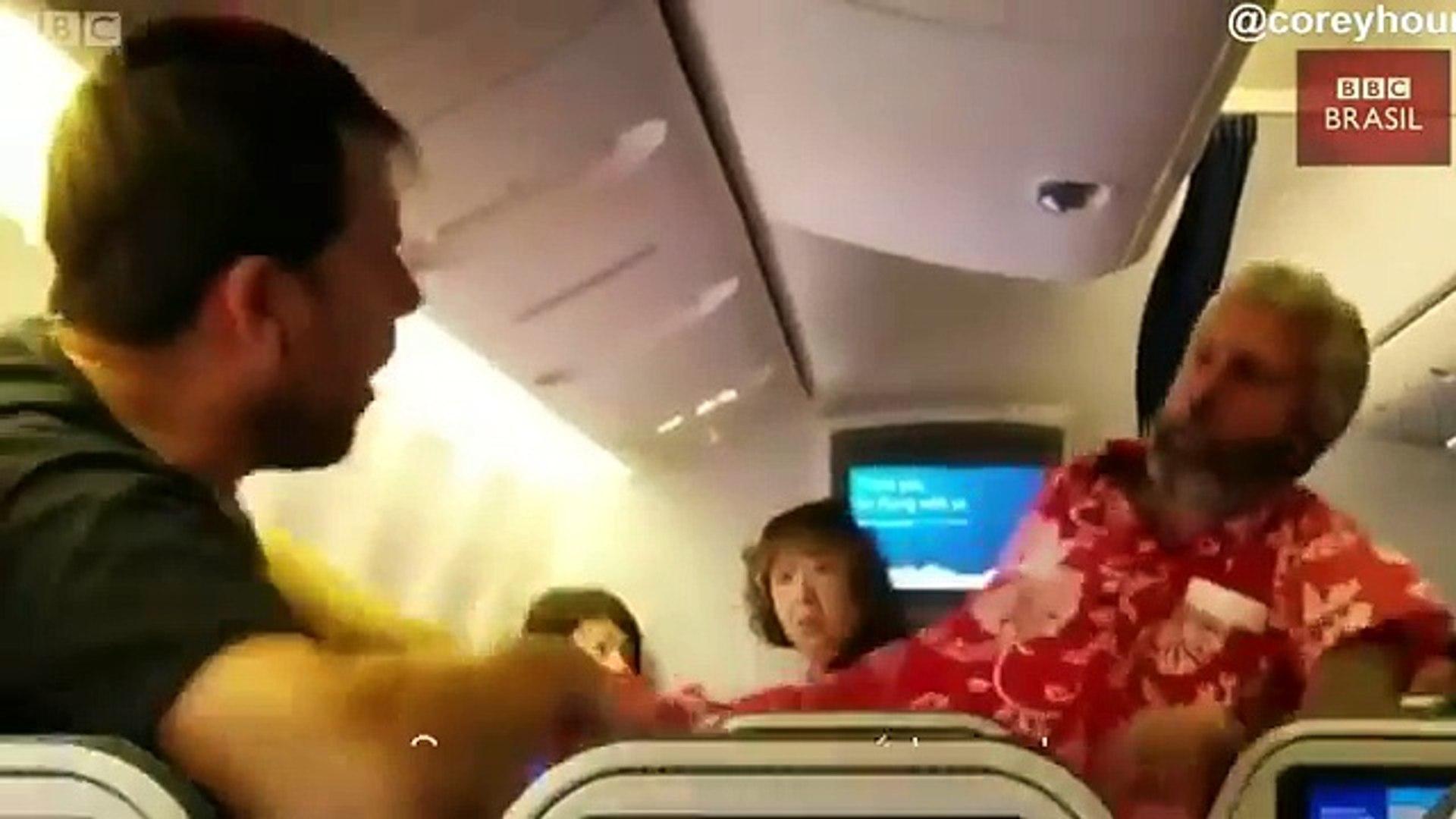 Passageiros trocam socos dentro de avião no Japão
