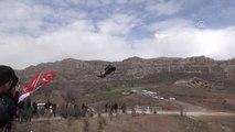 """Vali Güzeloğlu: """"Hedefimiz, PKK'nın İhanet Ettiği Bölge İnsanına Hak Ettiği Hizmeti Getirmek"""""""