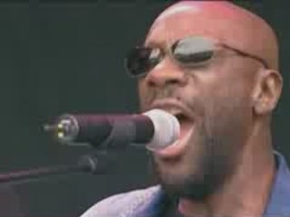 Isaac Hayes .Chocolate Salty Balls [Live.2002]