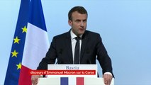 """Selon Emmanuel Macron, il ne peut pas y avoir de """"co-officialité"""" de la langue corse"""