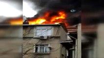 Beyoğlu'nda 4 Katlı Binanın Çatısı Alev Alev Böyle Yandı