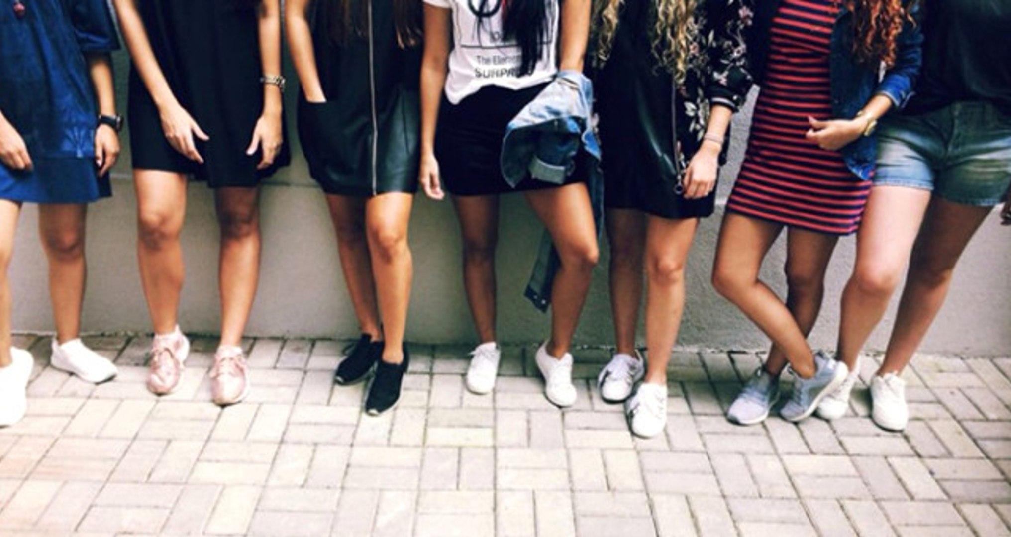 Kolombiyalı Üniversite Öğrencileri Okul Yönetimine Tepki Olarak Mini Etek Kampanyası Başlattı