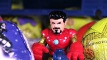 George da Peppa Pig HULK HOMEM ARANHA e SURPRESAS na Millenium Falcon Spiderman Surprise Eggs Toys