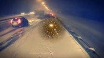 Ce camion ne peut pas s'arreter et percute à grande vitesse plusieurs voitures sur une autoroute enneigée