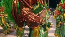 O carnaval do Rio brilha com as escolas de samba