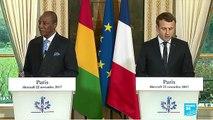 En visite en Afrique de l'Ouest, Emmanuel Macron veut rompre avec ses prédécesseurs